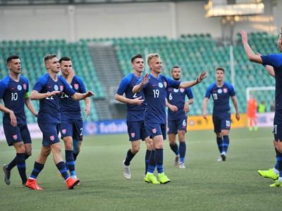 Radujúci sa hráči Slovenska do 21 rokov