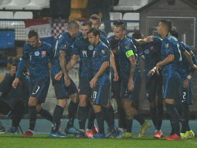 Slovenskí futbalisti sa tešia