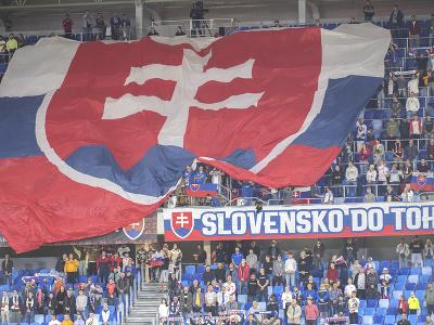 Na snímke slovenskí fanúšikovia v zápase H-skupiny kvalifikácie MS 2022 vo futbale Slovensko - Cyprus