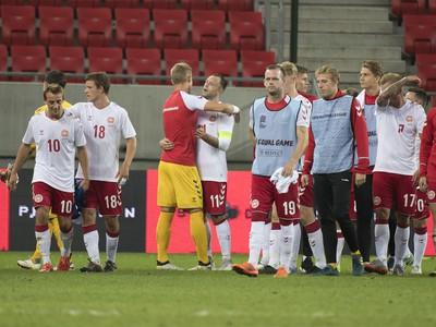 Dánski futbalisti po prehre