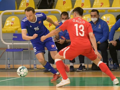 Momentka zo zápasu Slovensko - Azerbajdžan