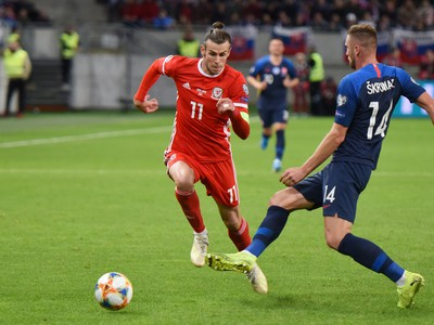 Gareth Bale proti Milanovi Škriniarovi