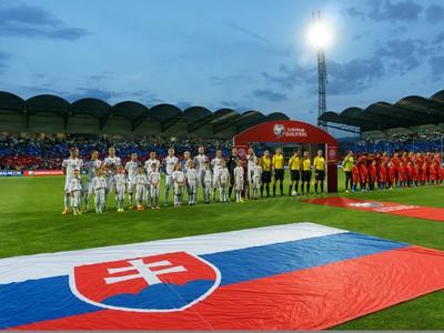 Futbalisti Slovenska a Macedónska pred kvalifikačným zápasom ME 2016 vo futbale