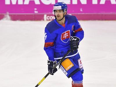 Na snímke kapitán Peter Čerešňák (Slovensko) v zápase Slovensko - Švajčiarsko