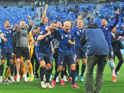 Slovenské oslavy po víťazstve nad Poľskom