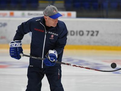 Tr�ner slovenskej hokejovej reprezent�cie Craig Ramsay