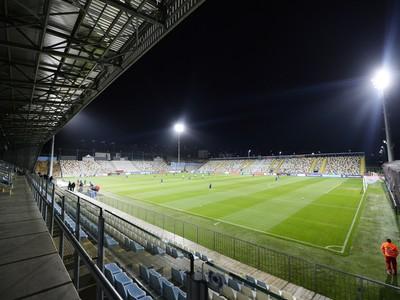 Na snímke futbalový štadión