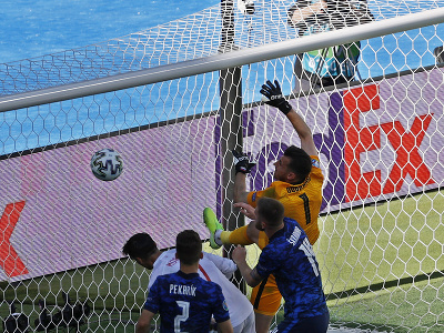 Vlastný gól Martina Dúbravku