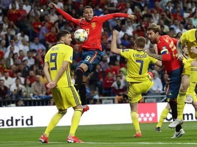 Momentka zo zápasu Španielsko - Švédsko