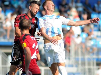 Boris Godál z FC Spatak Trnava a René Kotrík z FC Nitra