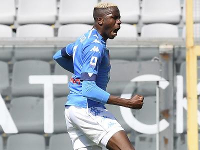 Victor Osimhen oslavuje gól