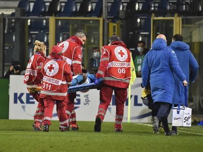Zranený futbalista Victor Osimhen