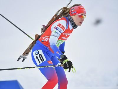 Na snímke slovenská biatlonistka Paulína Fialková na trati počas štafety žien