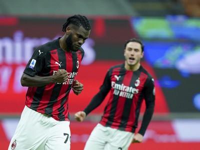 Franck Kessie oslavujúci gól
