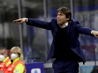 Antonio Conte na lavičke Interu