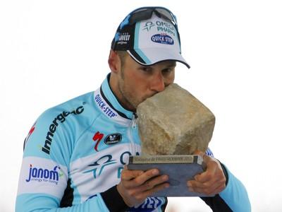 Tom Boonen s trofejou