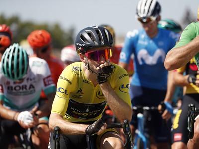 Adam Yates v žltom drese pre lídra Tour de France