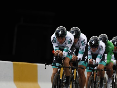 Cyklisti z tímu Bora-Hansgrohe