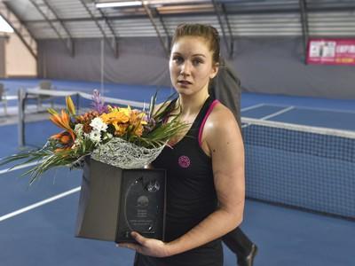 Michaela Hončová s trofejou