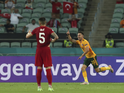 Aaron Ramsey oslavuje úvodný gól