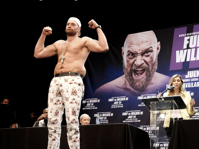 Tyson Fury pózuje pred