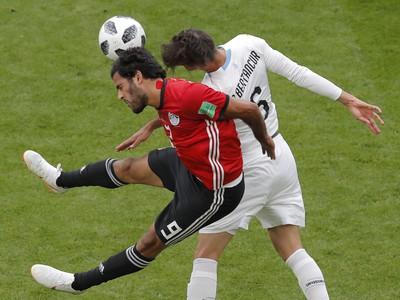Marwan Mohsen a Rodrigo Bentancu v hlavičkovom súboji