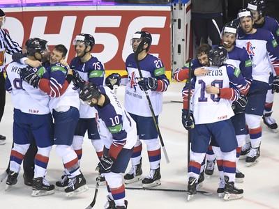 Víťazné oslavy hokejistov Veľkej