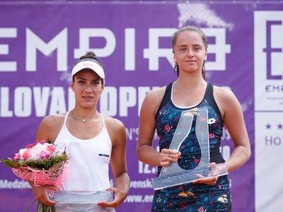 Veronica Cepedeová-Roygová a Viktória Kužmová