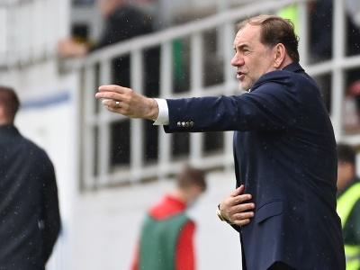 Vladimír Weiss na lavičke Slovana