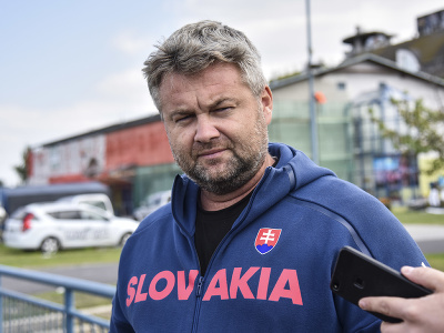Na snímke tréner slovenskej vodnej slalomárky Zuzany Paňkovej Peter Murcko