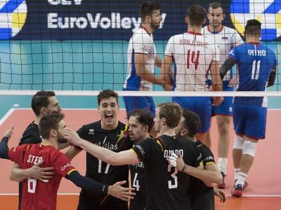 Na snímke radosť belgických