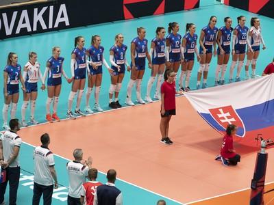Na snímke volejbalistky Slovenska