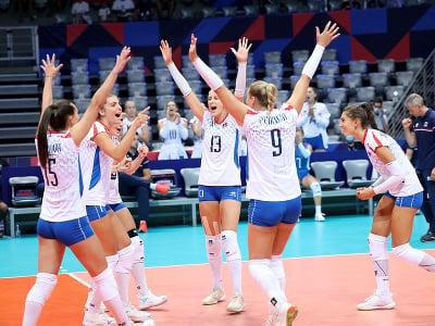 Slovenské volejbalistky sa tešia v zápase C-skupiny vo volejbale žien Slovensko - Bielorusko