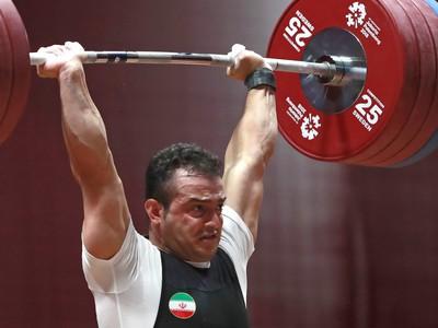 Iránsky vzpierač Sohrab Moradi