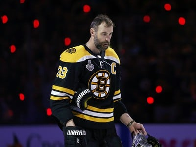 Kapitán Bostonu Zdeno Chára