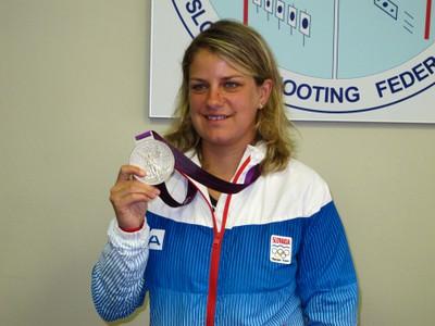 Zuzana Štefečeková