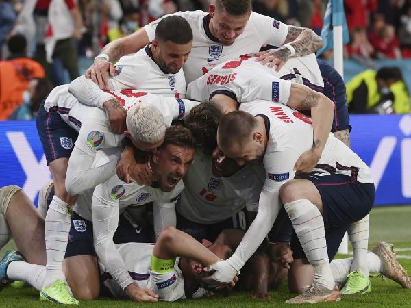 Futbalisti Anglicka sa tešia z výhry