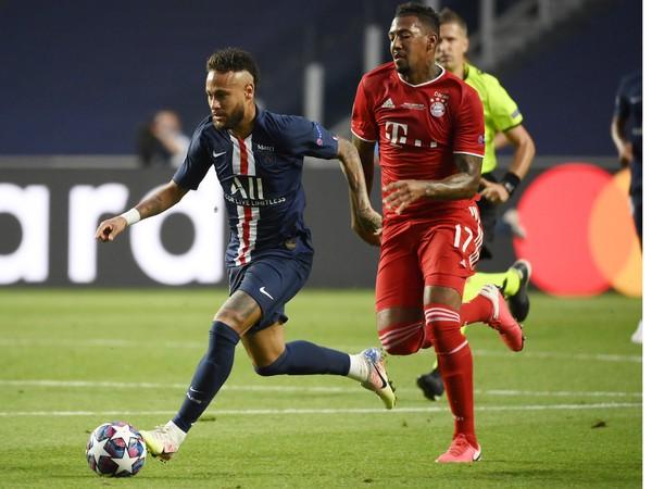 Neymar v zápase proti Bayernu Mníchov