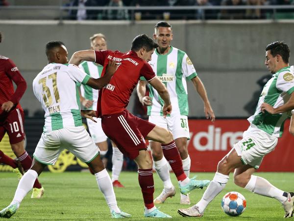 Robert Lewandowski medzi hráčmi Greuther Fürth