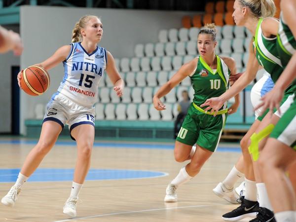 Zľava: Adela Kudličková z BKM Junior UKF Nitra