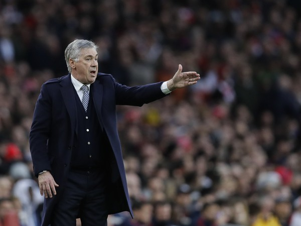 Carlo Ancelotti na lavičke Evertonu
