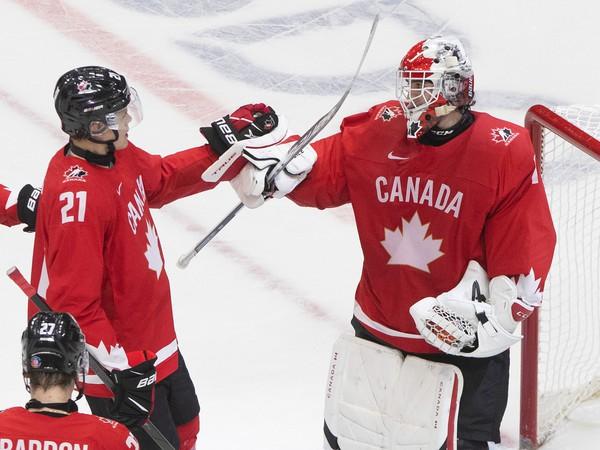 Kanada oslavuje víťazstvo