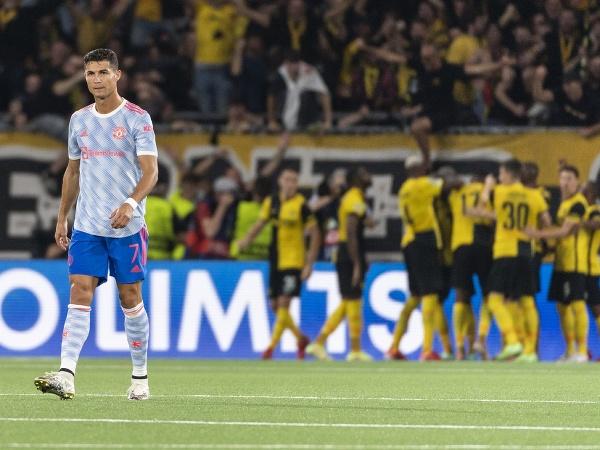 Cristiano Ronaldo (vľavo) reaguje po inaksovaní gólu v zápase prvého kola F-skupiny Ligy majstrov Young Boys Bern