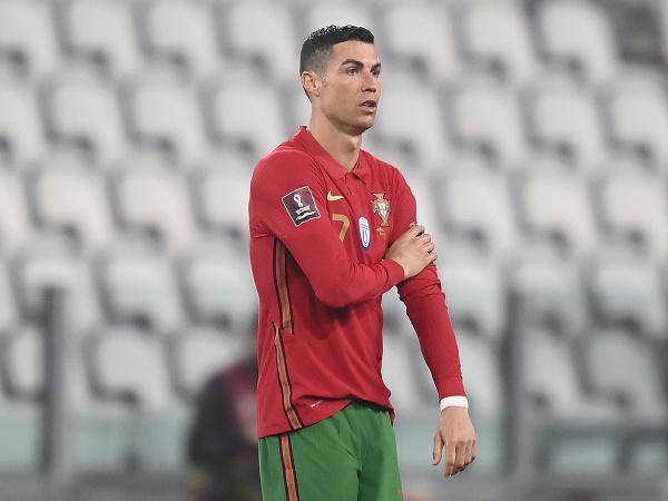 Cristiano Ronaldo v drese Portugalska
