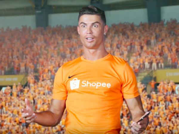 Fanúšikovia sa zhodujú, že reklama, v ktorej sa objavil aj hviezdny Cristiano Ronaldo, je najhorším videom, aké kedy videli
