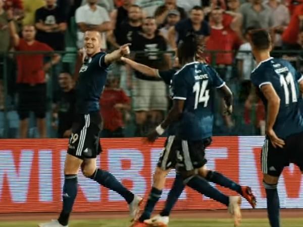 Denis Vavro sa raduje z gólu