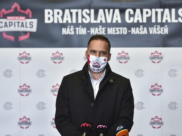 Viceprezident hokejového klubu iClinic Bratislava Capitals Dušan Pašek ml.