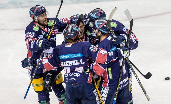Hokejisti Eisbärenu Berlín
