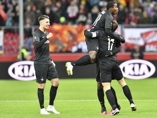 Na snímke hráči Salzburgu