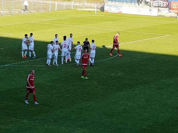 Hráči Trnavy oslavujú gól